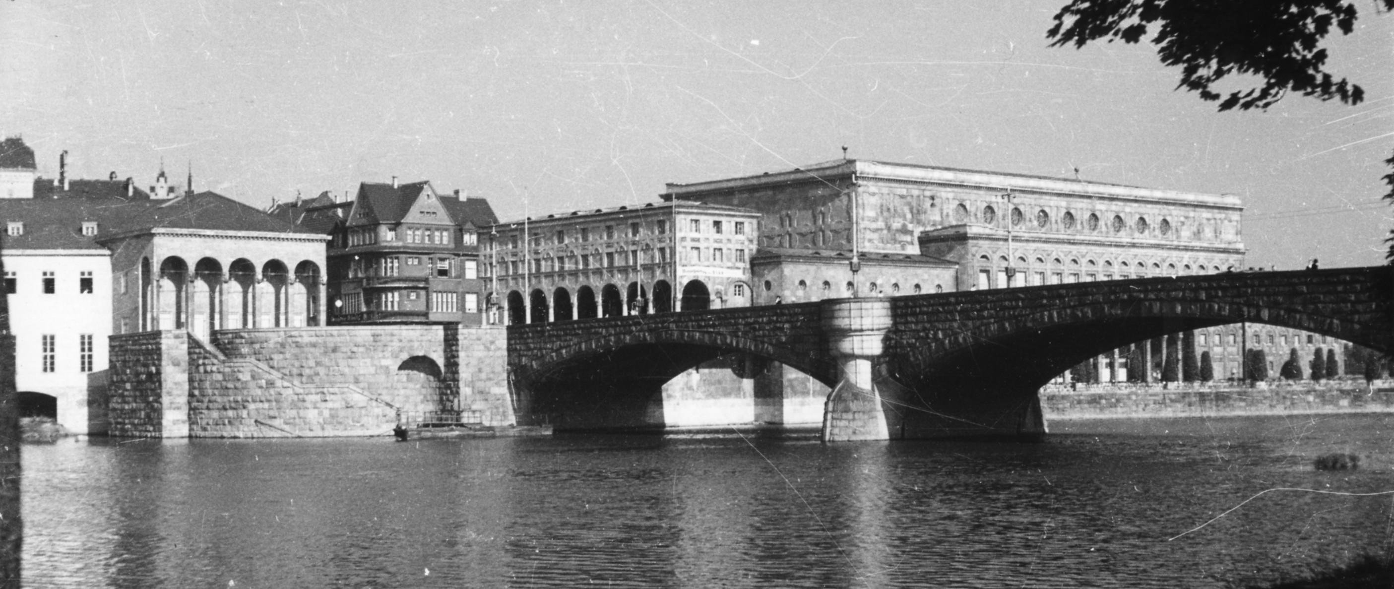 Schloßbrücke Mai 1936