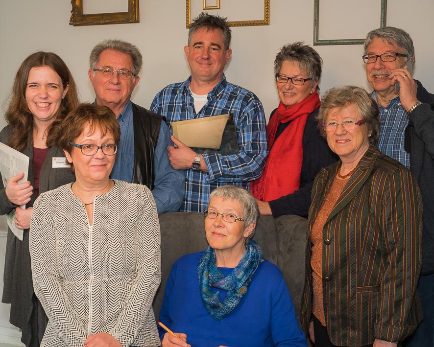 Von unten links nach oben rechts: Anne Krick, Angela Spantig, Erika Dehne-Wolter, Natascha Mark (Quartiersentwicklerin), Joachim Brokmeier, Holger Hoeck, Ulrike Sommer und Herbert Hübner (Foto: Rob Herff)