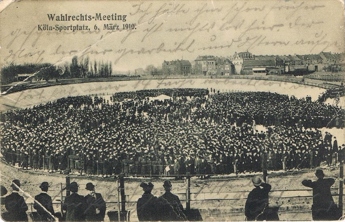 Bild der Wahlrechtsversammlung in Riehl