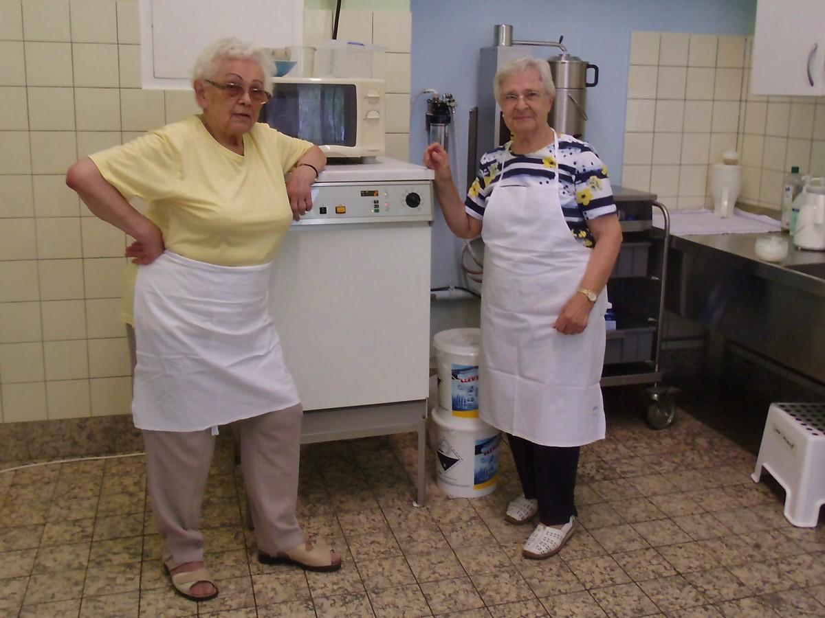 Zwei Ehrenamtlerinnen