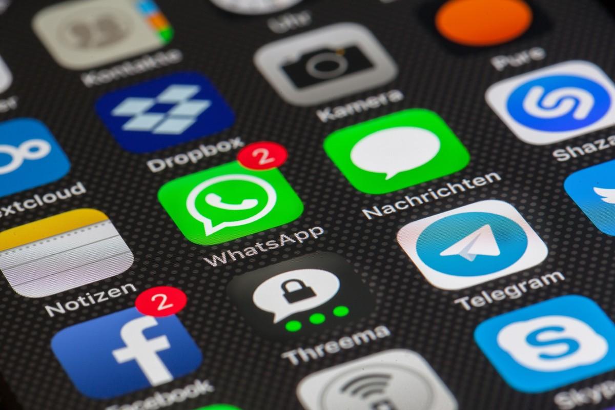Smartphone-Symbolbild