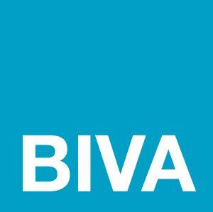 Blaues Quadrat mit weißer Schrift BIVA im unteren Drittel